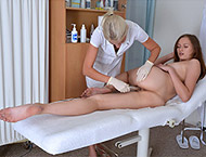 Stacy Cruz, 19 years girl gyno exam. Examination with feet and physical checkup, her first anal penetration, gyno-chair pissing, two speculums, vibrator heartbeat orgasm and anal ointment.
